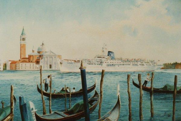 Cruiseschip Romanza passeert San Georgio, Venetie
